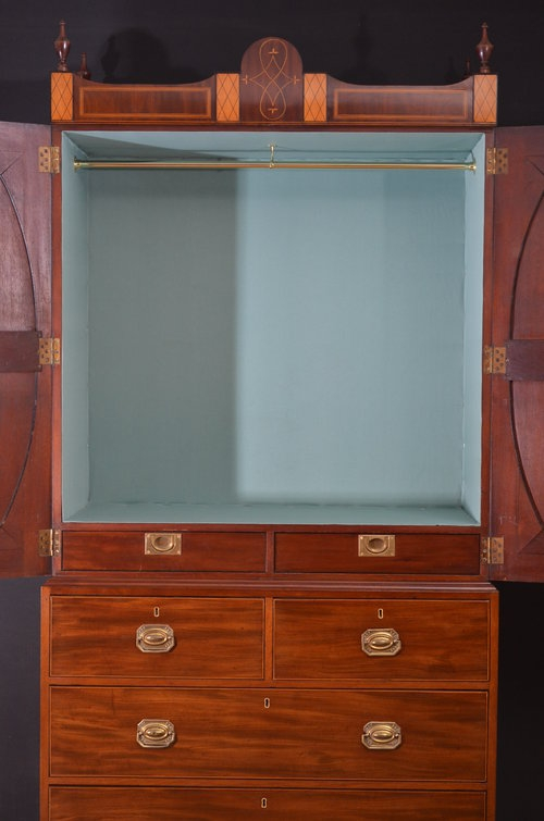 Antique Stunning Regency Linen Press - Regency Press sn740