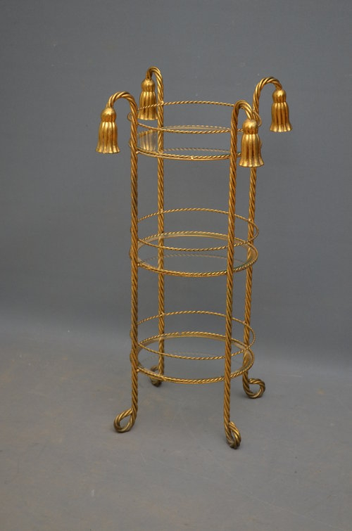 Unusual 3 Tier Gilded Stand Sn3068