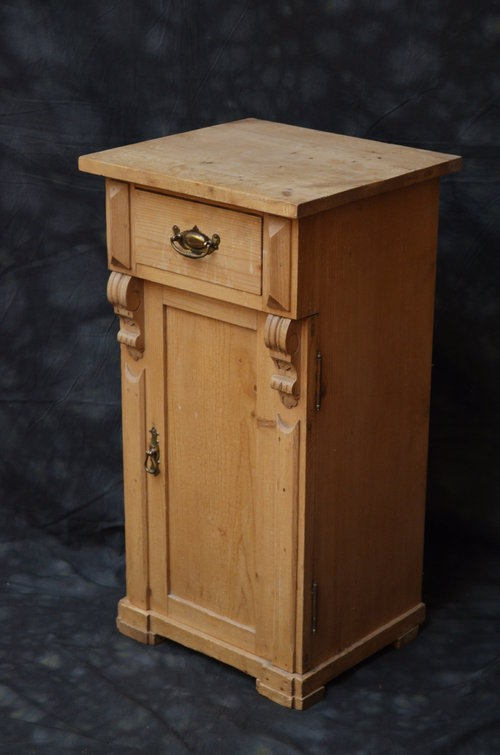 Turn of the Century Pine Bedside Cabinet Sn039