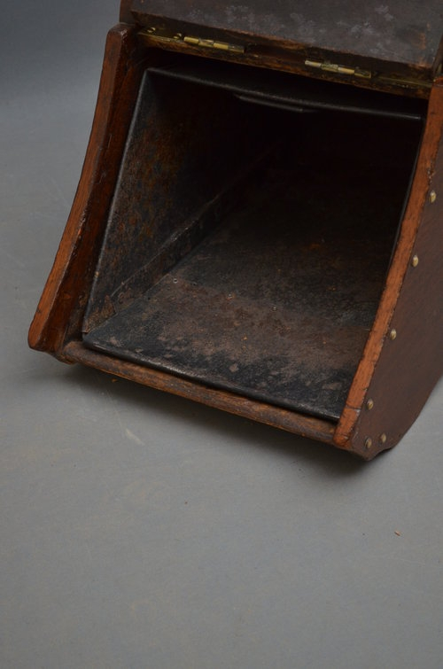 Antique Victorian Walnut Coal Scuttle - Purdonium Sn3282
