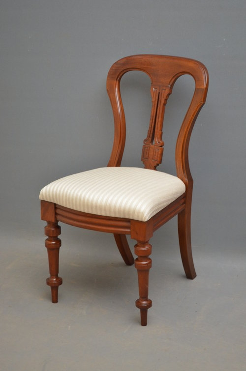 Antique Superb set of 12 Victorian Mahogany Dining Chairs Sn3314