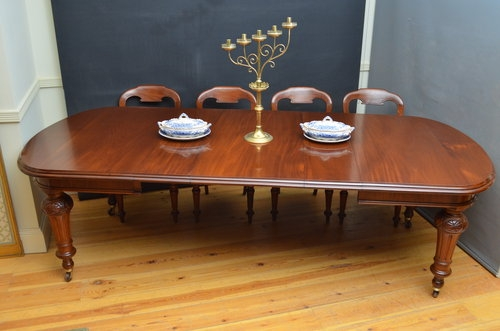 Victorian Mahogany Extending Dining Table sn3178