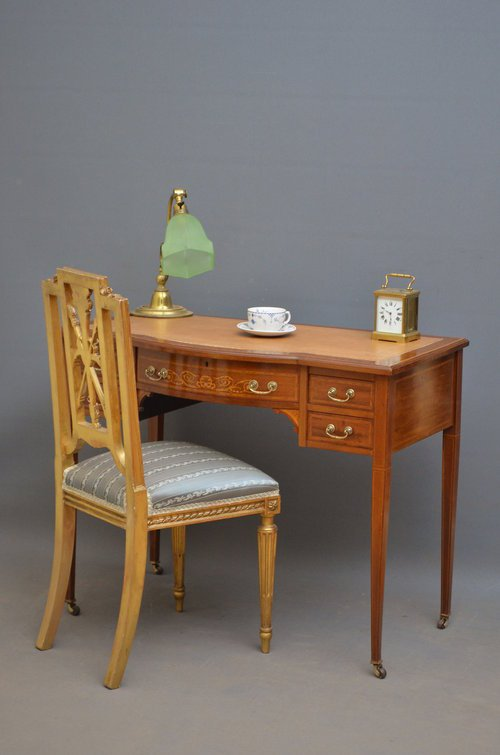 Fine Edwardian Mahogany and Inlaid Writing Table sn3518
