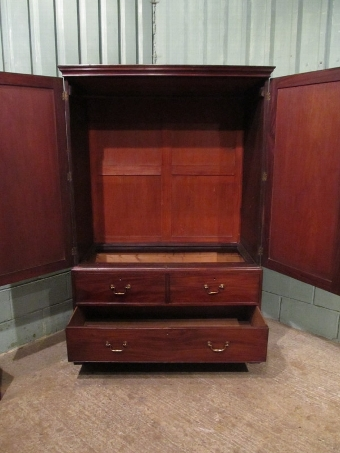 Antique ANTIQUE GEORGIAN MAHOGANY SMALL WARDROBE CLOTHES PRESS C1780 W7031/6.8