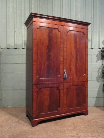 Antique ANTIQUE EDWARDIAN MAHOGANY DOUBLE WARDROBE C1900 W7091/22.10
