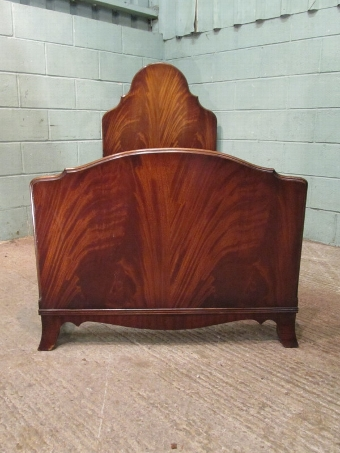 Antique ANTIQUE PAIR EDWARDIAN FLAMED MAHOGANY SINGLE BEDS C1900 W7486/3.6
