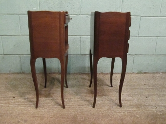 Antique Antique Pair French Oak Bedside Cabinets wj16/8.7