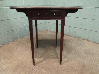 Antique Antique Georgian Regency Small Mahogany & Rosewood Pembroke Drop Leaf Side Table c1820 w7526/19.8