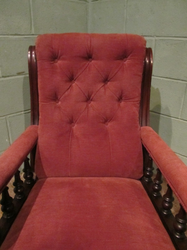 Antique ANTIQUE 19TH CENTURY VICTORIAN MAHOGANY ARMCHAIR W7376/18.3