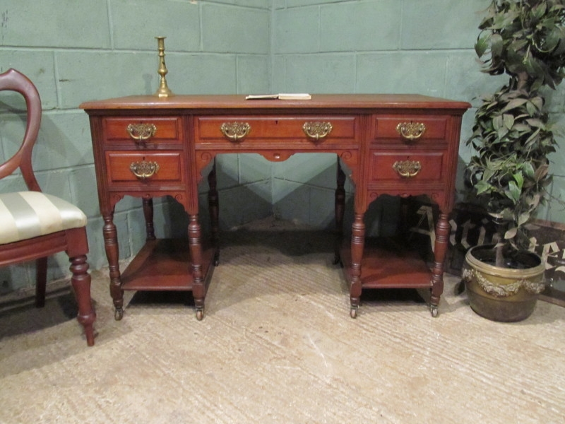 Antique ANTIQUE LATE VICTORIAN MAHOGANY WRITING DESK C1890 W7459/7.5