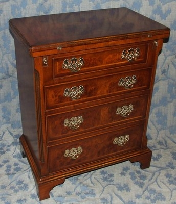 Antique Reproduction Burr Walnut Antique Style Bachelors Chest of Drawers / Desk
