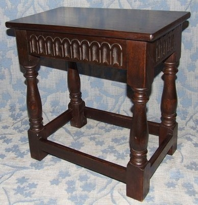 Antique Superb Antique Carved Elm Joint Stool / Occasional Table / Lamp Stand (41)