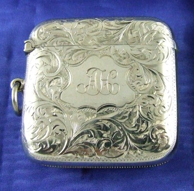 Antique Antique HALLMARKED BIRMINGHAM Silver Vesta Case 1909 by Robert Chandler : AH