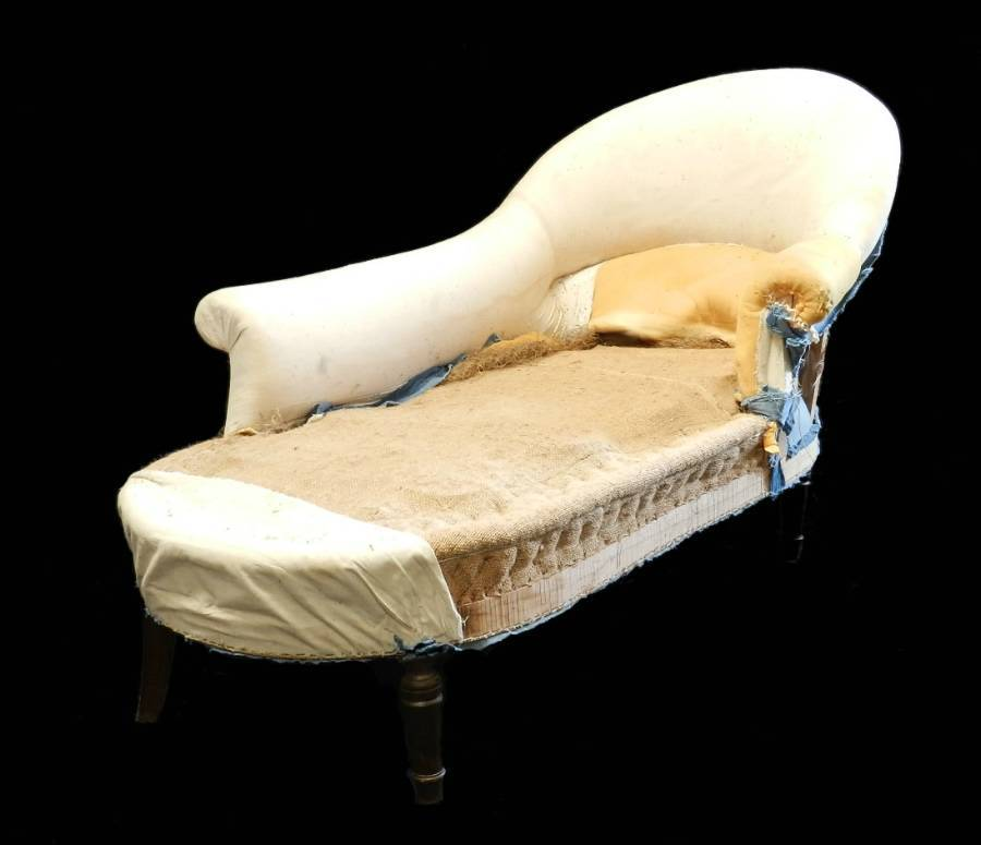Antique C19 French Chaise Longue Sofa to reupholster recover