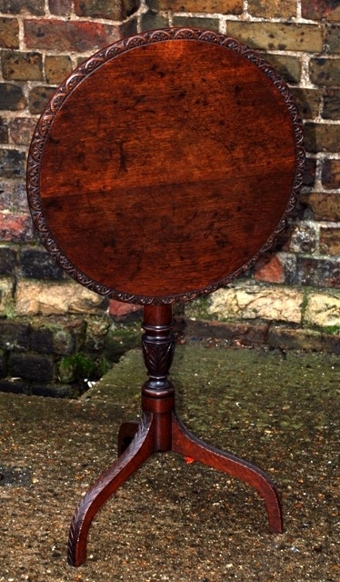 Antique 19th Century oak tilt-top wine table