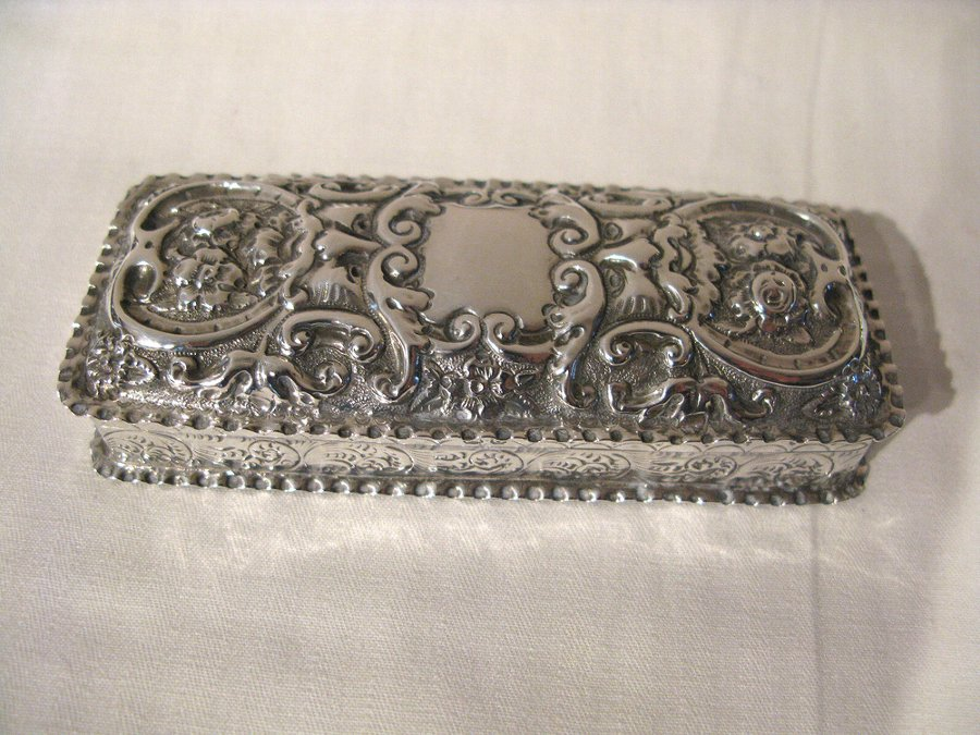 Antique Silver Trinket.