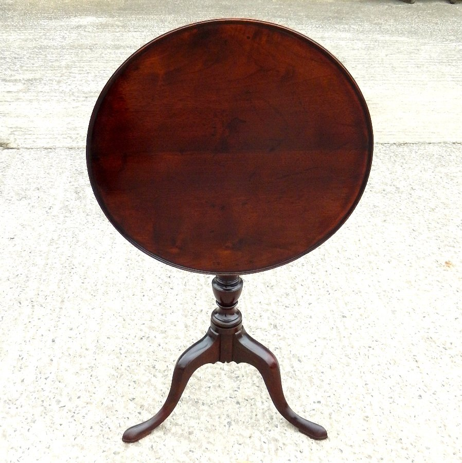 Georgian Mahogany Tilt Top Tea Table