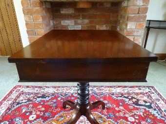 Antique BEAUTIFUL 19thc FIGURED MAHOGANY SPIDER LEG REGENCY WRITING SIDE TABLE