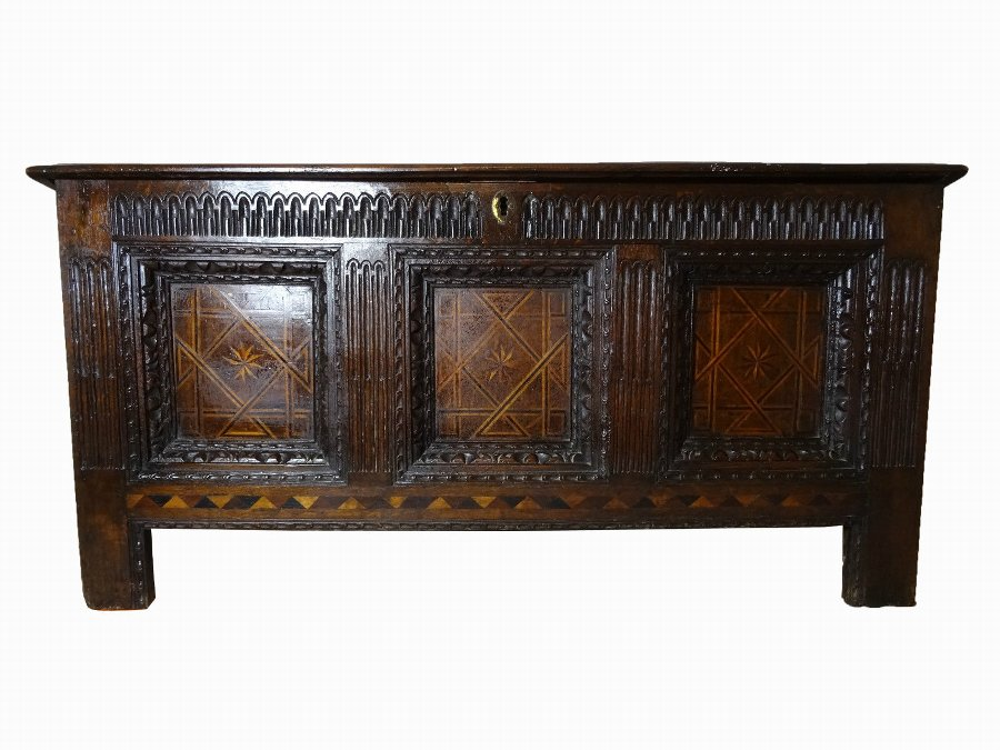 (CIRCA 1640) EXCEPTIONAL ORIGINAL CHARLES I OAK & PARQUETRY INLAID COFFER CHEST