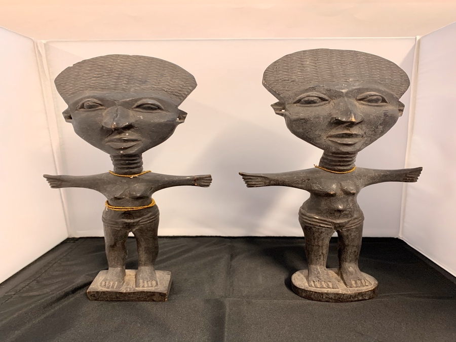 Antique Pair Of African Female Figures, Attributed Akan/Fante People, Circa Late 20th Century