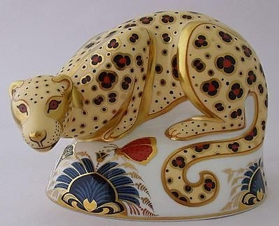 Antique Fine Royal Crown Derby Savannah Leopard Paperweight Figure - Limited Edition