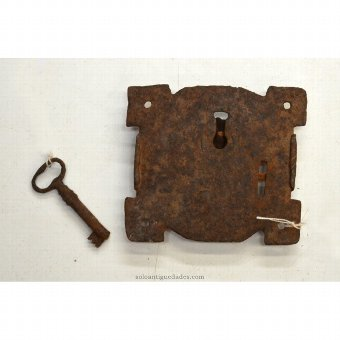 Antique Circular shaped lock lugs