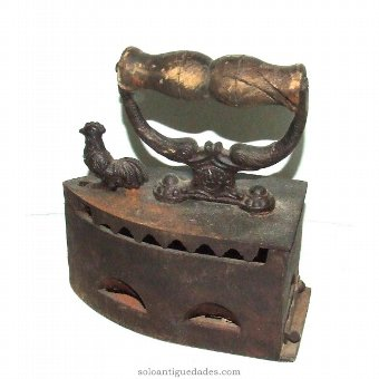 Antique Iron iron decorated with rooster
