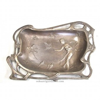 Antique Shaped metal tray mixtilineal