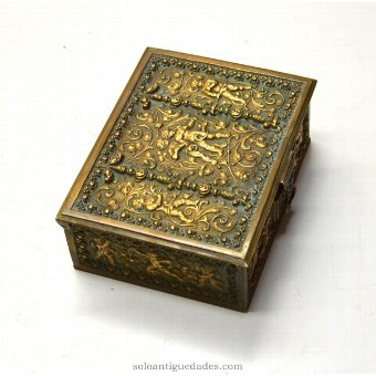 Antique Box Renaissance collection