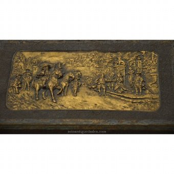 Antique Box courtly scene collection