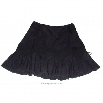 Antique Traditional Petticoat Leon