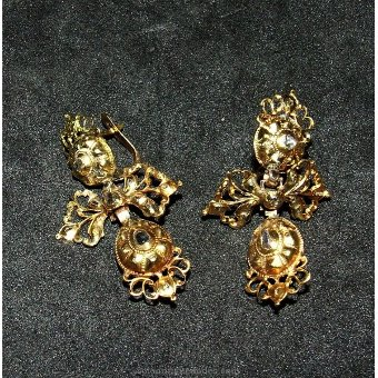 Antique Silver earring with stones