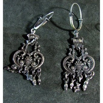 Antique Silver earrings Vincos type