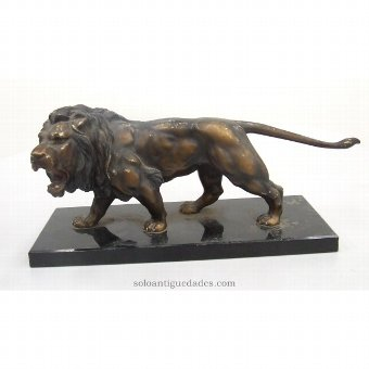 Antique Bronze sculpture lion attacking