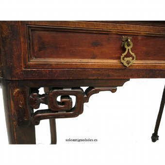 Antique Beautiful Chippendale style desk