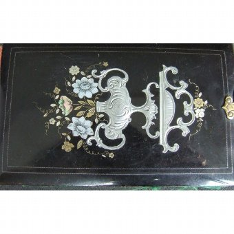 Antique Black pasta Agenda