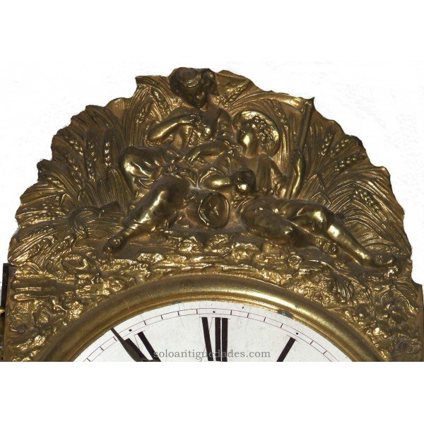 Antique Watch Type Morez. Love scene in crown