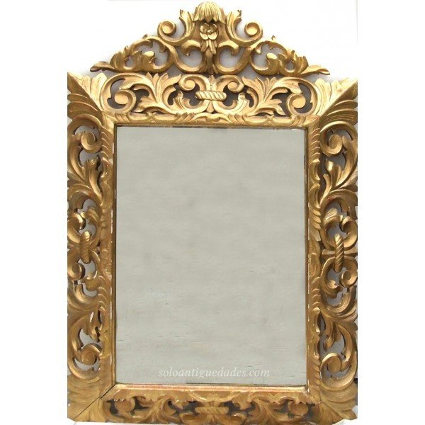Antique Baroque style mirror with leaves pompadour avolutadas