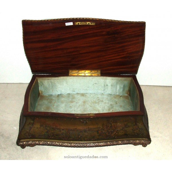 Antique Collection box decorated with landscapes