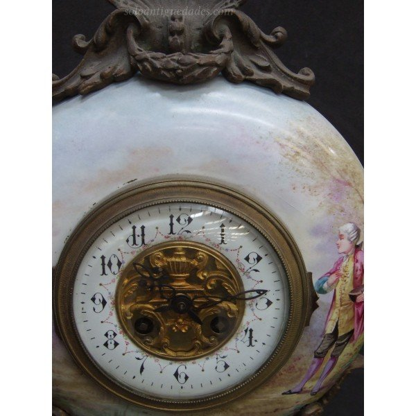 Antique French Art Nouveau Clock