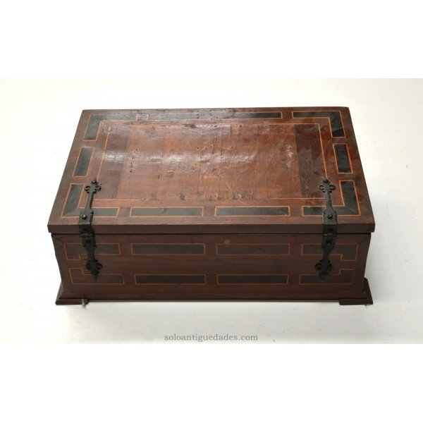 Antique Wooden box with inlaid geometric