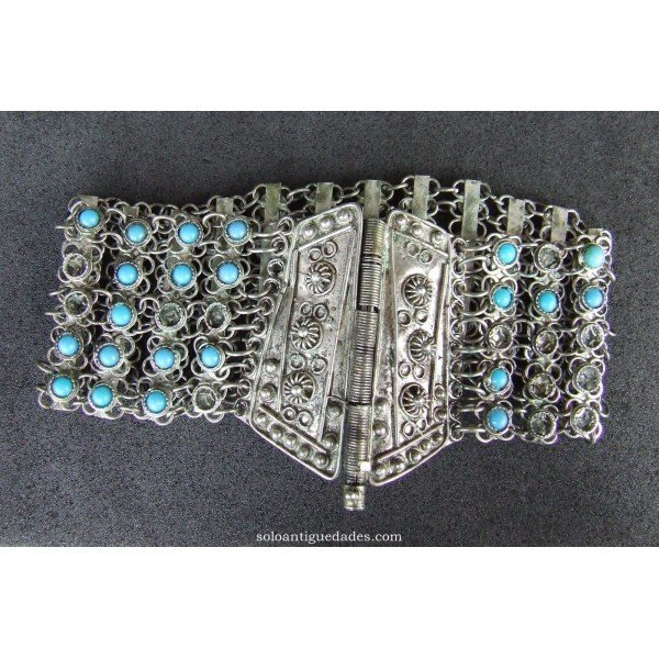 Antique Silver bracelet shaped puff flowers
