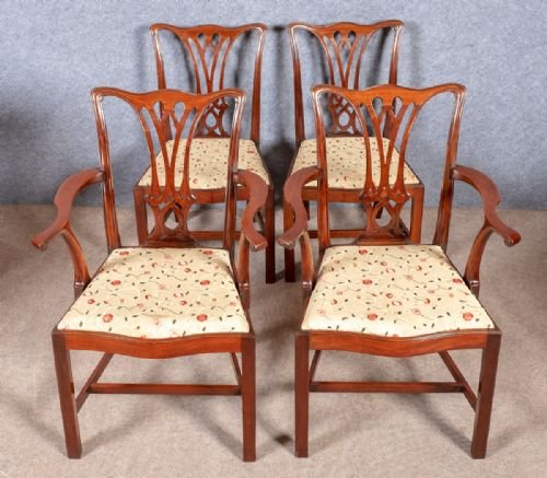 Good set of 10 (8+2) Chippendale Style Chairs