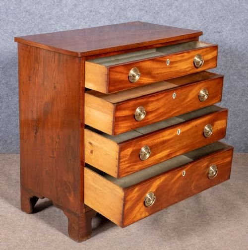 Antique Geo. III Mahogany Chest of Drawers