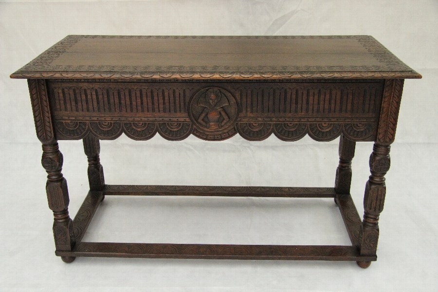 Antique A Superb Oak Hall or Side Table in the Manner of William & Mary Circa 1910