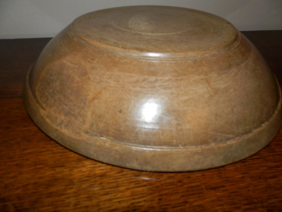 Antique 19th century Welsh sycamore dairy bowl