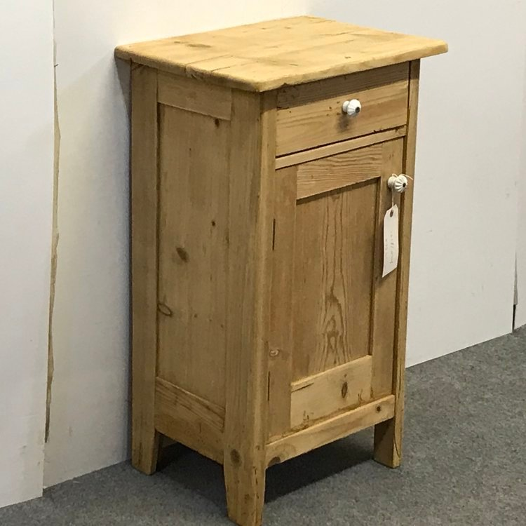 Antique CHARMING LITTLE OLD PINE BEDSIDE CUPBOARD