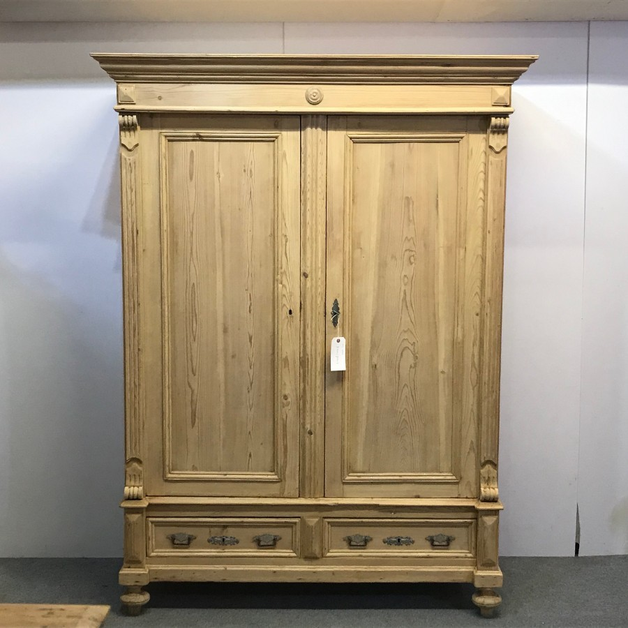 LATE 1800'S OLD PINE DOUBLE WARDROBE WITH BOTTOM DRAWERS (DISMANTLES)