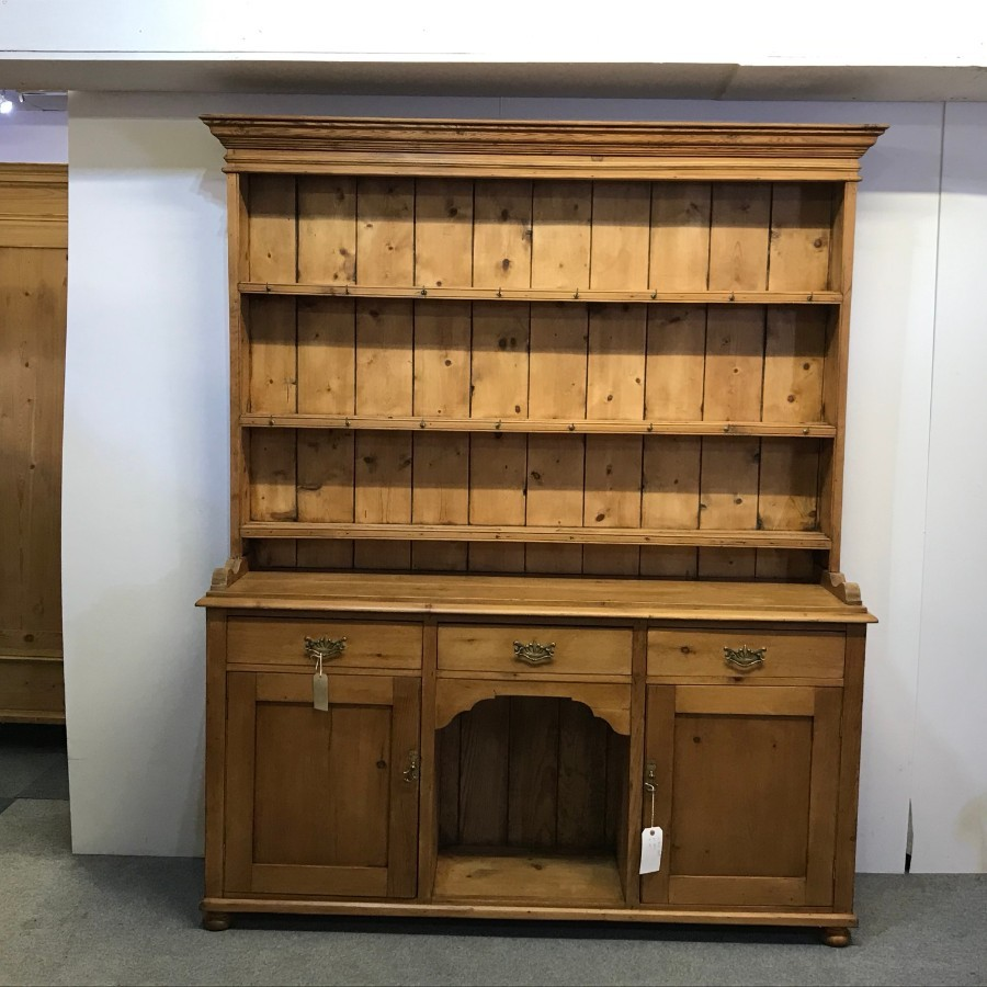 LARGE ANTIQUE PINE PEMBROKESHIRE DRESSER