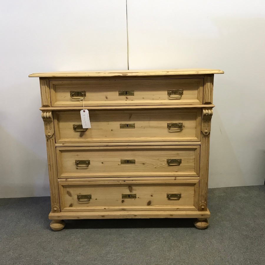 LARGE 4 DRAWER ANTIQUE PINE CHEST OF DRAWERS